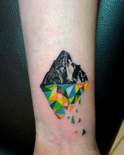 Excellent geometric tattoo