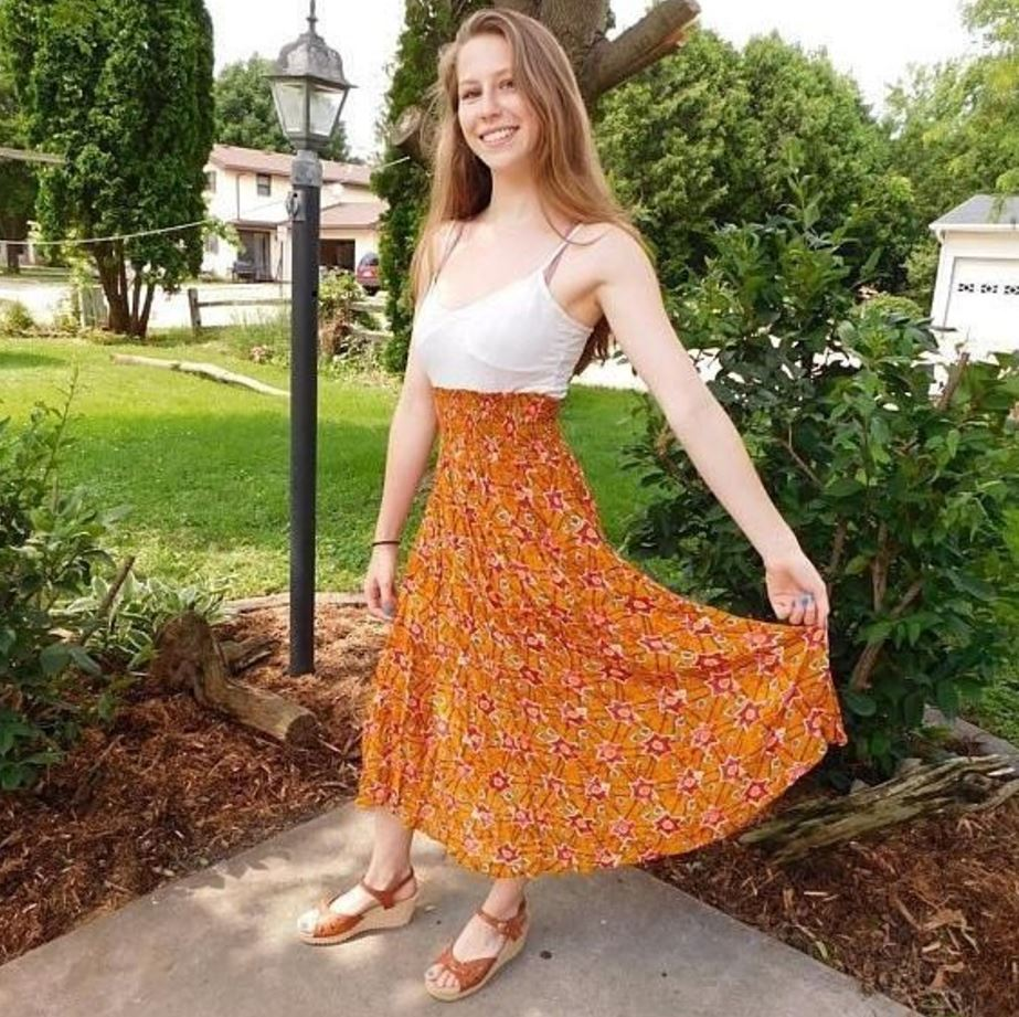 orange skirt outfits (25)