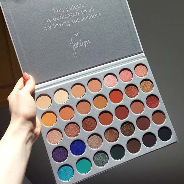 The Jaclyn Hill Morphe Palette for Hot Makeup Products You Need This Summer