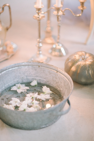 Gray wedding details | Anna Zabrodina Photography