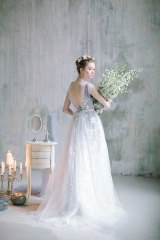 Romantic gray wedding dress | Anna Zabrodina Photography