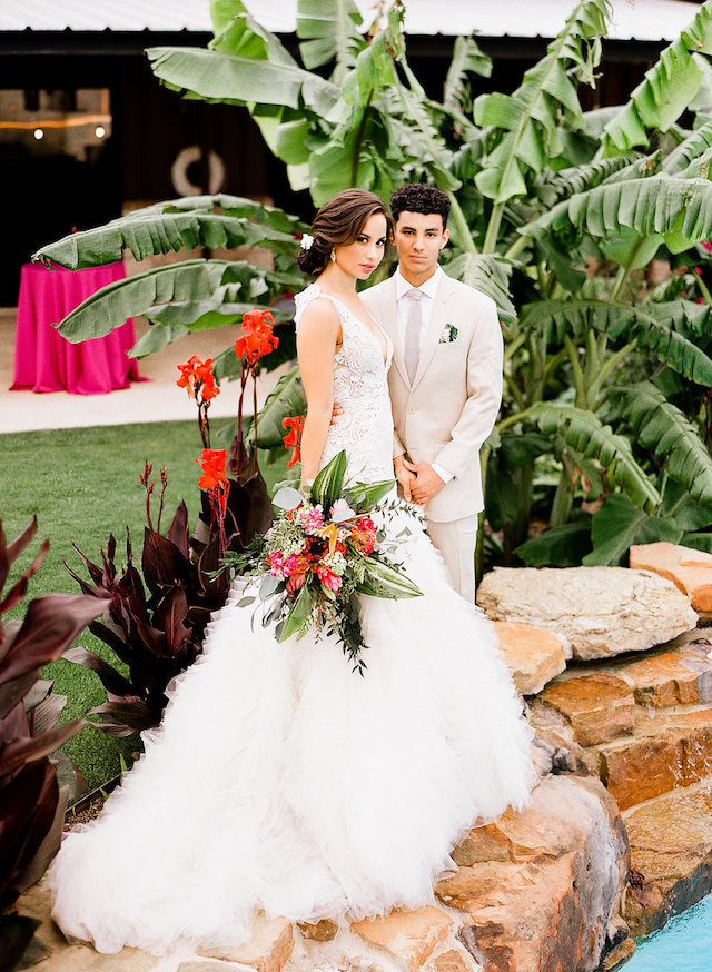 Palm Springs inspired bride and groom | Leighanne Herr Photography