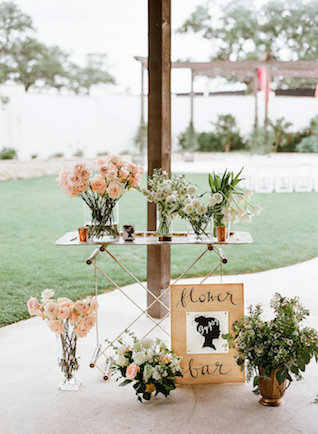Flower bar | Leighanne Herr Photography