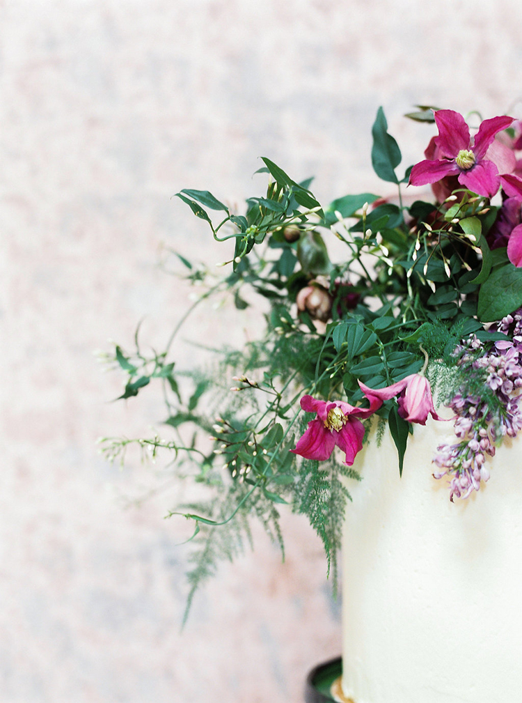 wedding flowers and greenery - photo by Studio Brown http://ruffledblog.com/industrial-wedding-shoot-in-dublin-with-serious-romantic-vibes