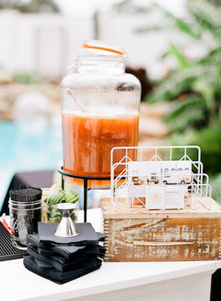 Drink station | Leighanne Herr Photography