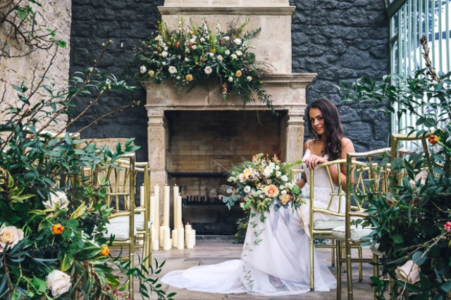 This gorgeous wedding shoot was inspired by Dutch Masters and decadence, and it turned out amazing