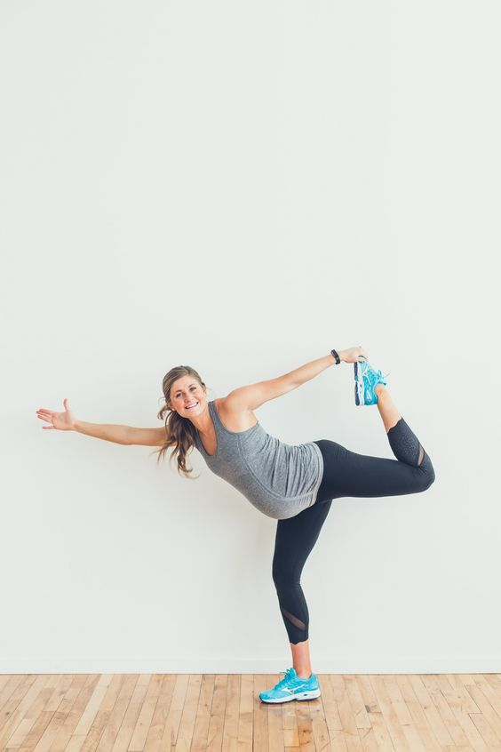 cropped black leggings, a grey top, turquoise chucks for a cool workout