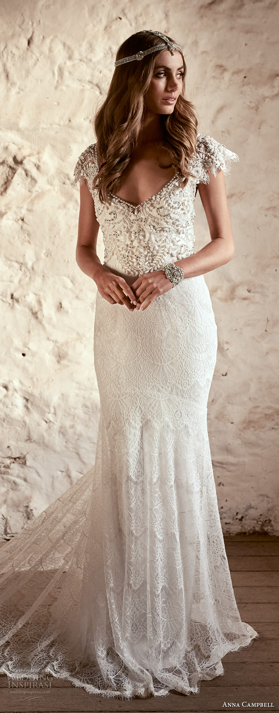 anna campbell 2018 bridal butterfly sleeves scoop neckline heavily beaded embellished bodice romantic elegant fit and flare wedding dress open v back short train (6) lv