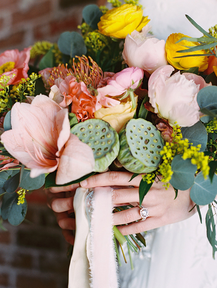 summer wedding bouquets - photo by Charla Storey Photography http://ruffledblog.com/summer-loving-wedding-inspiration-with-a-fiesta-brunch