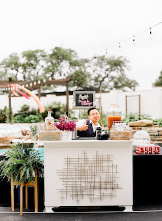 Poolside bar | Leighanne Herr Photography