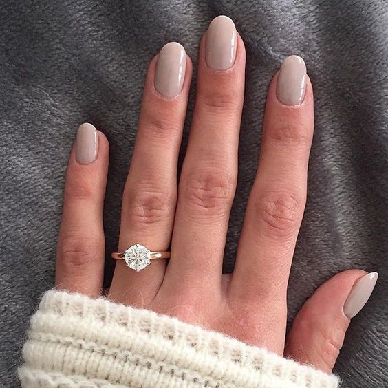 rounded dove grey nails look heavenly, soft and sweet