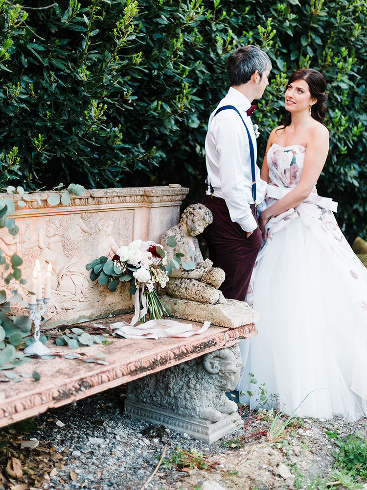 romantic wedding photography - photo by Linda Nari Photography http://ruffledblog.com/tuscan-warehouse-wedding-inspiration-with-a-floral-bridal-gown