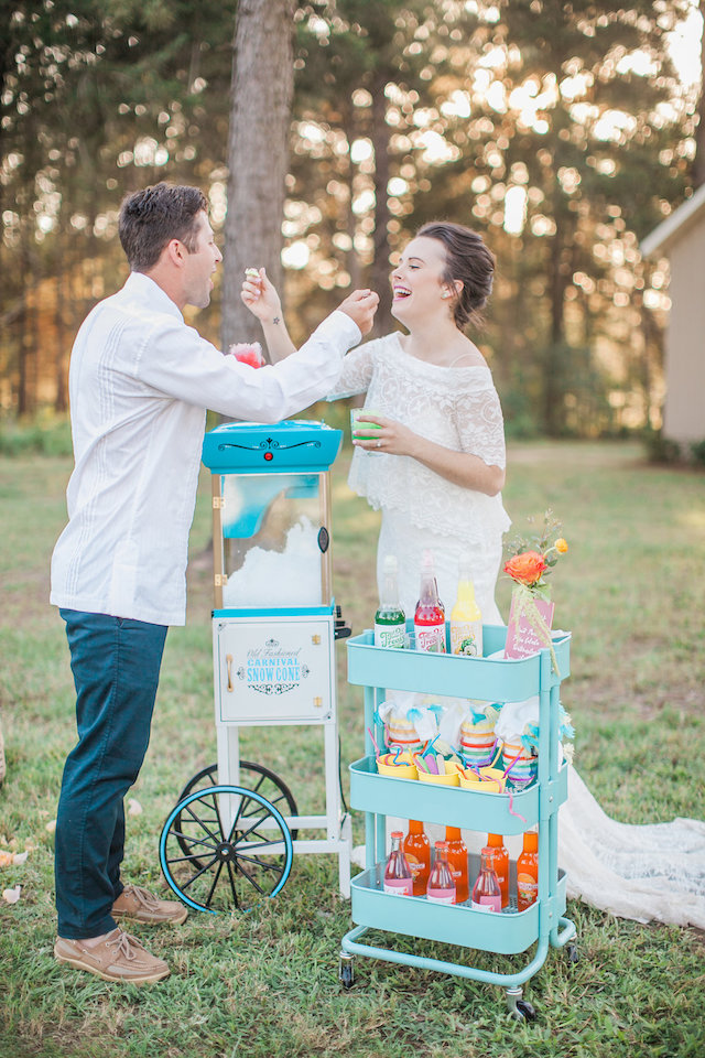 Snow cone station | Nicole Chatham Photography