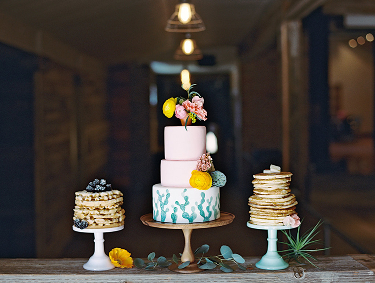 wedding cakes - photo by Charla Storey Photography http://ruffledblog.com/summer-loving-wedding-inspiration-with-a-fiesta-brunch