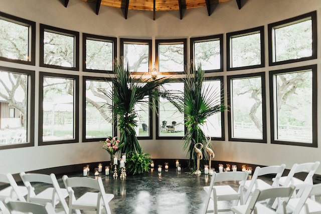 Indoor tropical themed wedding ceremony | Leighanne Herr Photography