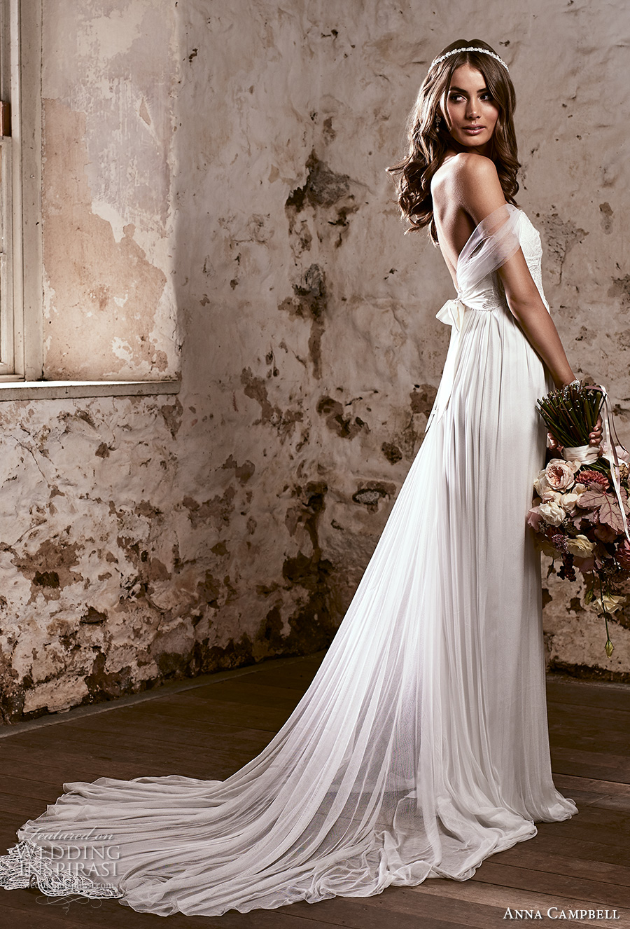 anna campbell 2018 bridal strapless sweetheart neckline heavily embellished bodice romantic soft a line wedding dress open back sweep train (16) sdv