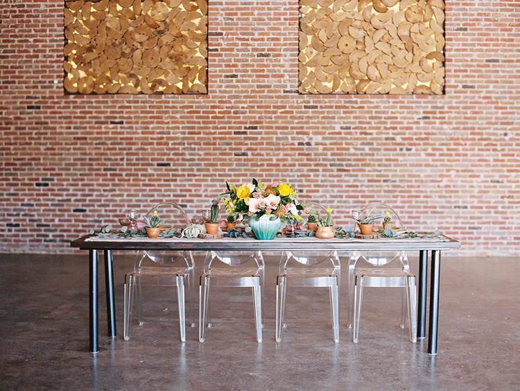 modern wedding reception ideas - photo by Charla Storey Photography http://ruffledblog.com/summer-loving-wedding-inspiration-with-a-fiesta-brunch