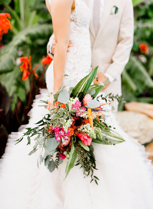 Tropical bridal bouquet | Leighanne Herr Photography