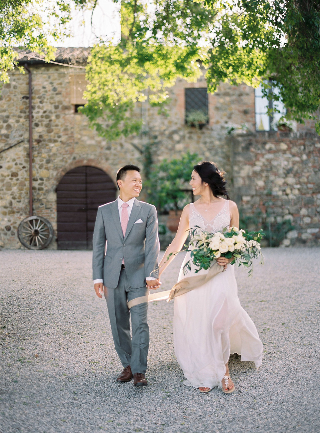 Tuscan wedding photography - photo by Katie Grant Photography http://ruffledblog.com/classically-beautiful-intimate-wedding-in-tuscany