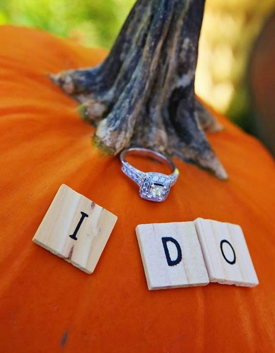put your engagement ring on a pumpkin to embrace the fall