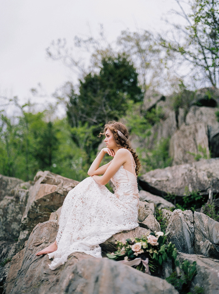 romantic bridal shoots - photo by Photographs by Czar Goss http://ruffledblog.com/romantic-bridal-inspiration-in-great-falls-virginia
