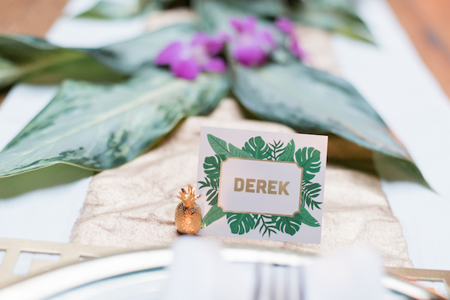 Palm frond place cards