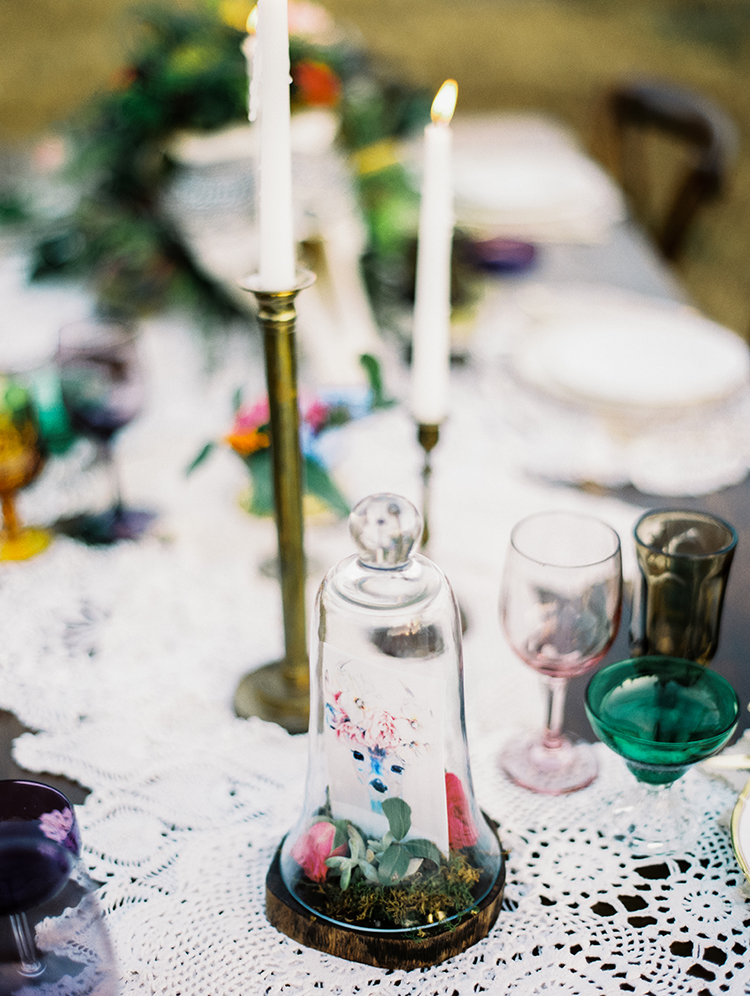 romantic vintage inspired tablecapes - photo by Best Photography http://ruffledblog.com/vibrant-southern-bohemian-wedding-inspiration