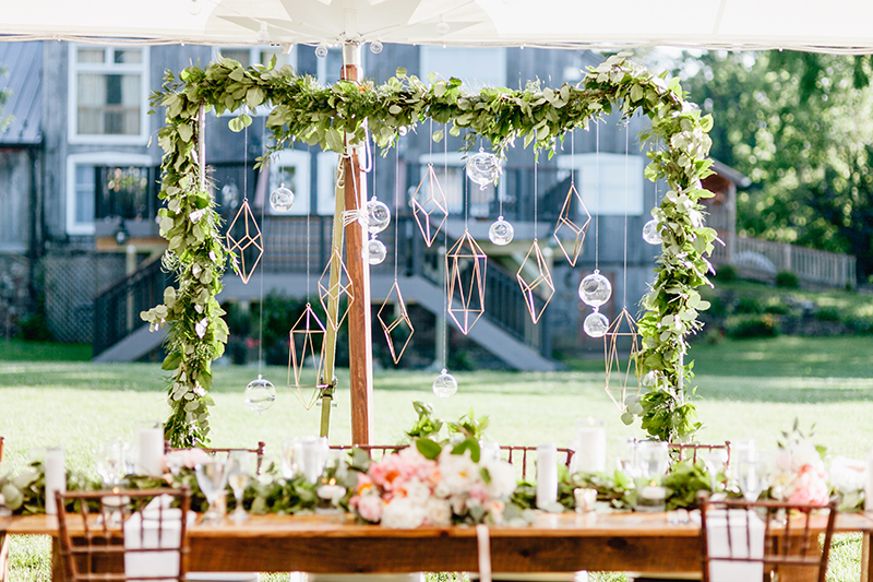 geometric wedding ideas - photo by Emily Wren Photography http://ruffledblog.com/bright-beautiful-summer-wedding-with-geometric-accents