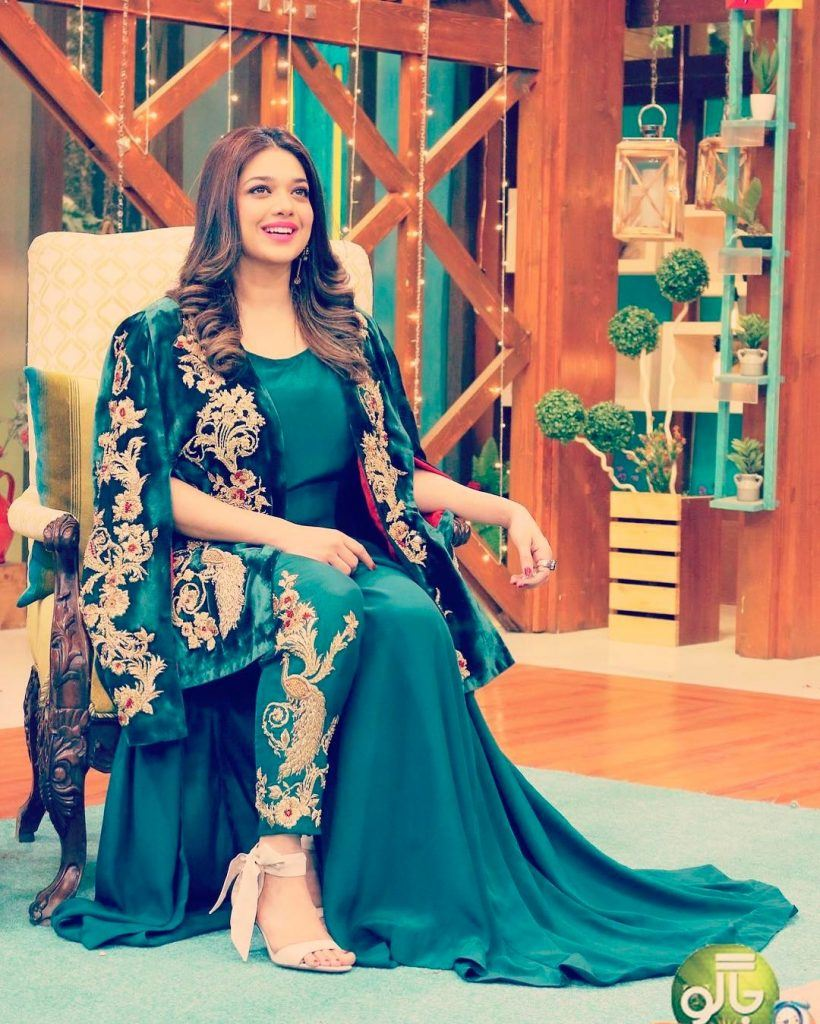 25 Plus Size Outfits For Pakistani Girls
