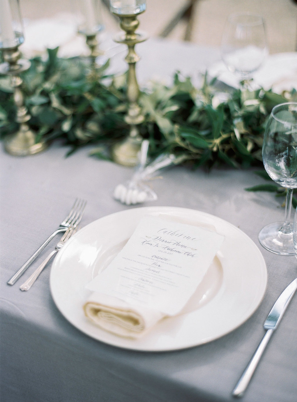 simple organic place settings - photo by Katie Grant Photography http://ruffledblog.com/classically-beautiful-intimate-wedding-in-tuscany