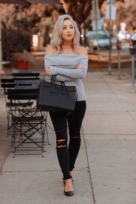 a classic black bag will fit not only a work look but also a casual weekend one