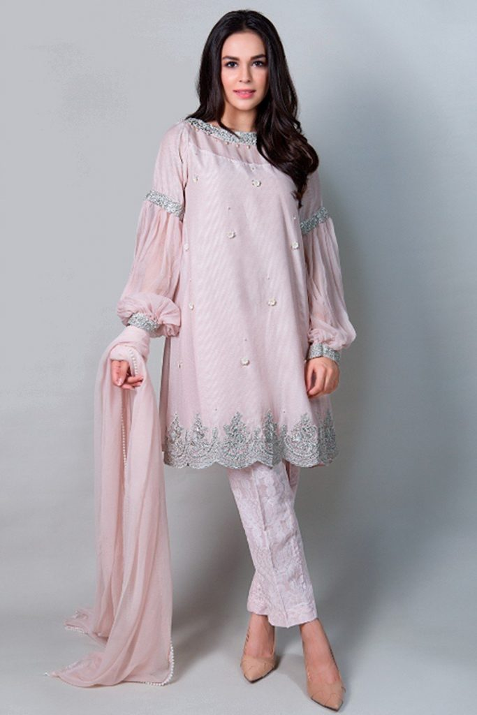 Party Outfits for Pakistani Girls (27)