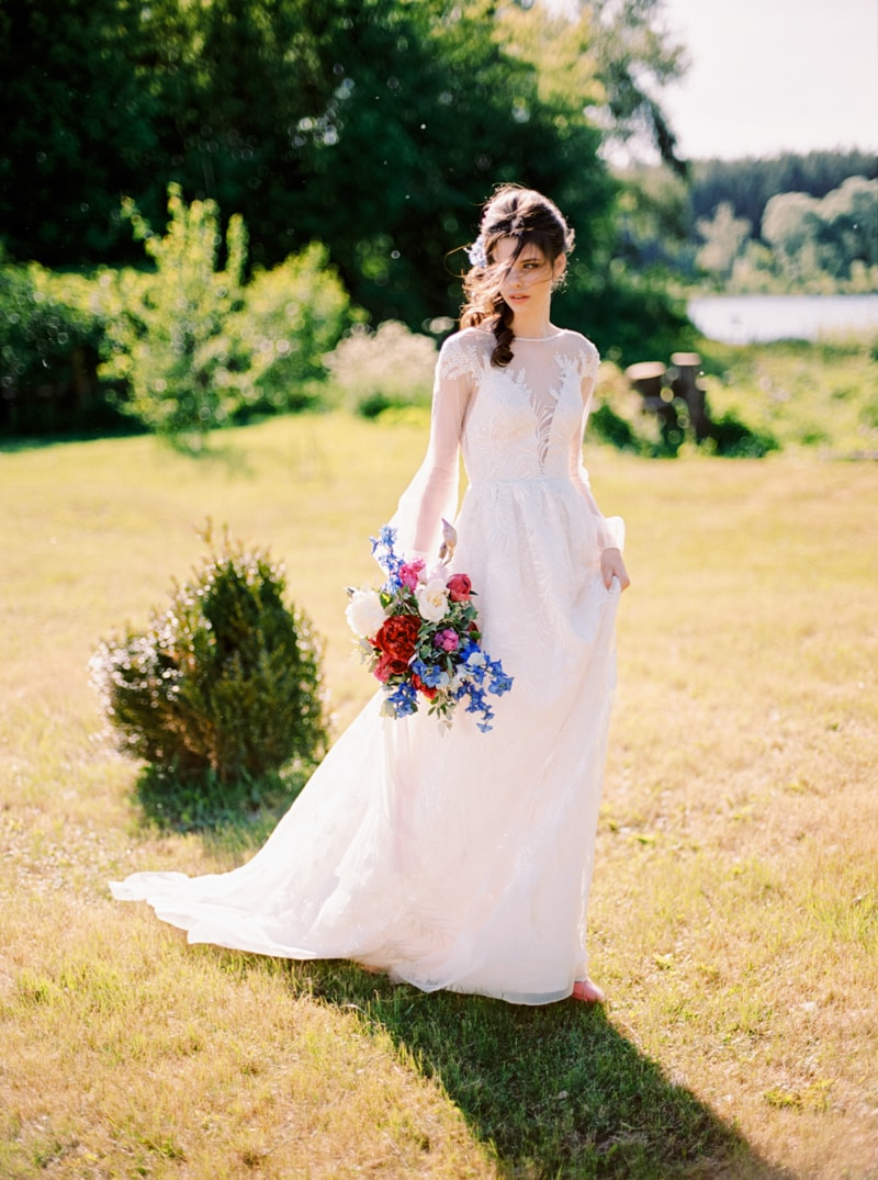 Russian Botanical Wedding Inspiration