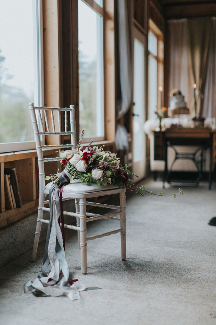 This gorgeous wedding shoot was vintage meets modern, with chic farm rustic touches and a refined feel
