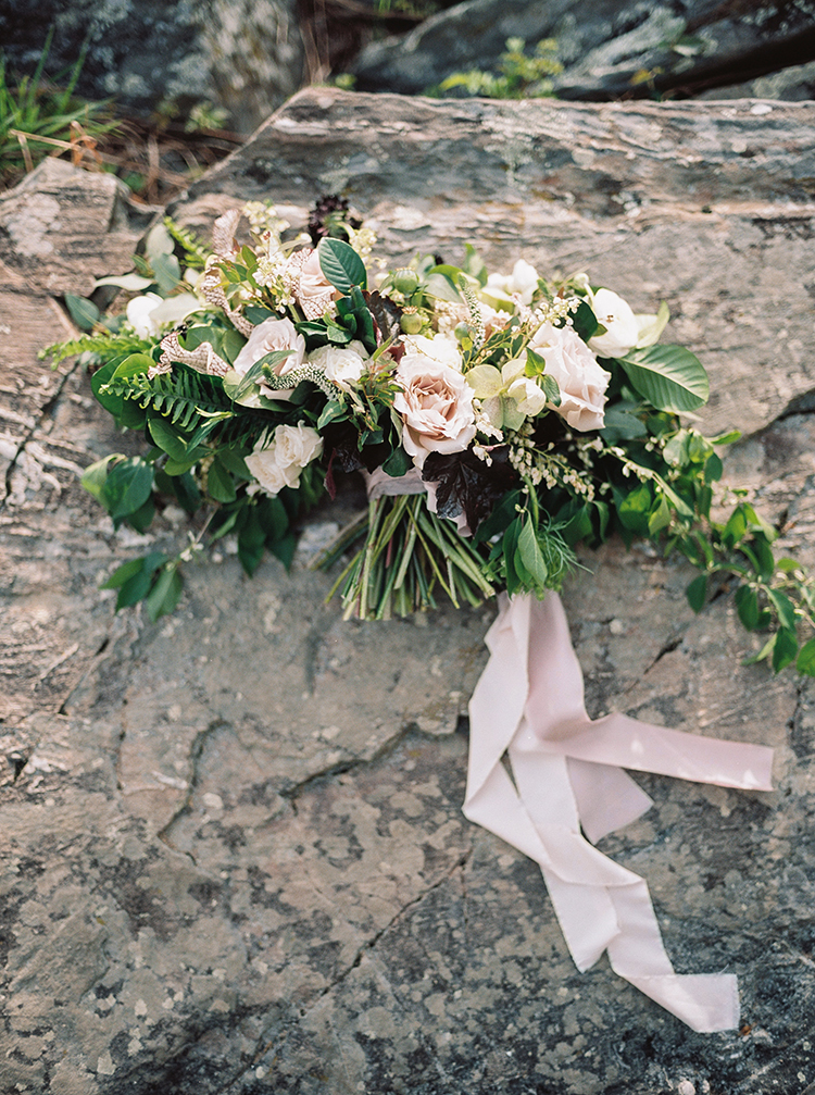 romantic light pink bouquets - photo by Photographs by Czar Goss http://ruffledblog.com/romantic-bridal-inspiration-in-great-falls-virginia