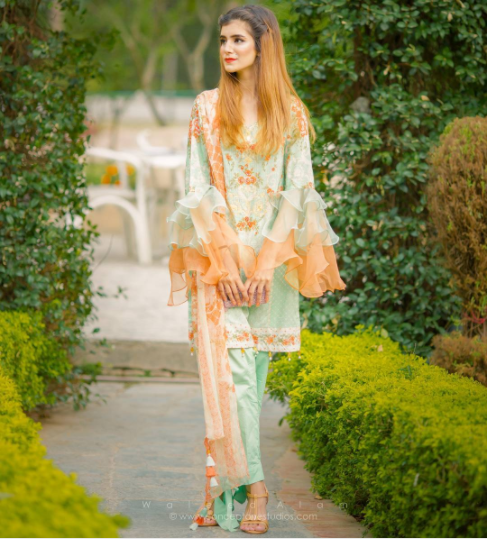 Party Outfits for Pakistani Girls (16)