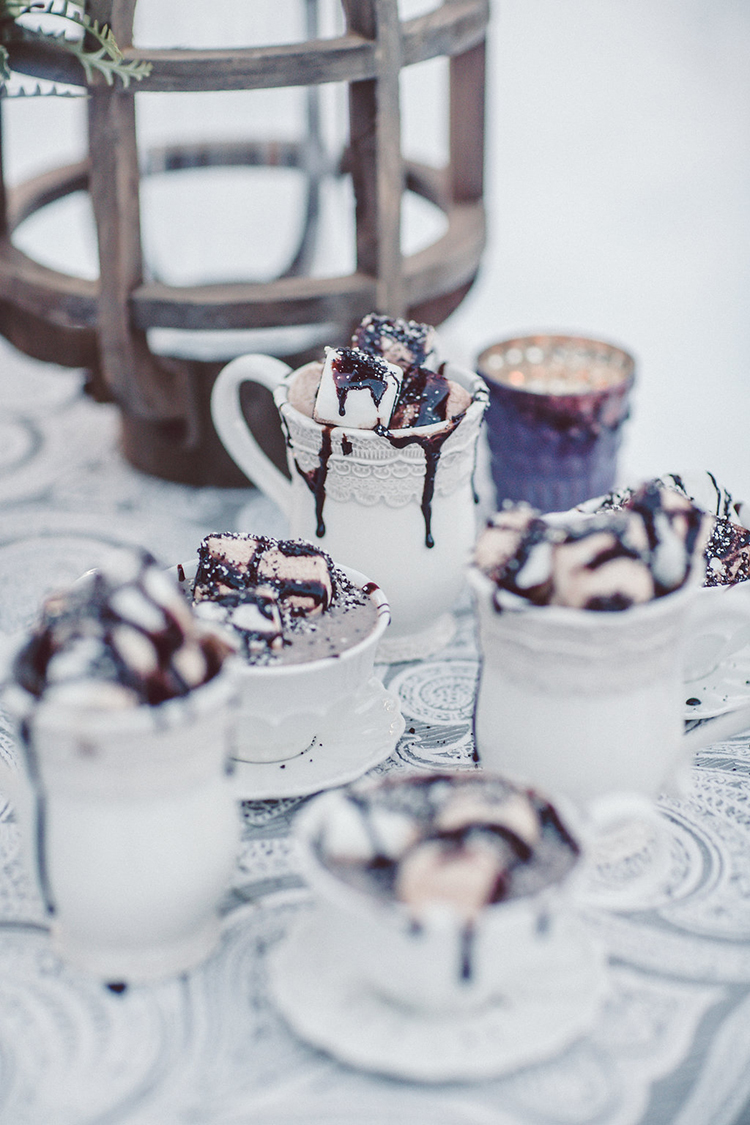 wedding desserts - photo by Lilly Red Creative http://ruffledblog.com/lake-tahoe-beach-wedding-inspiration
