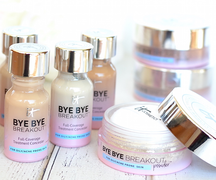 Acne-prone skin? You NEED to try the new IT Cosmetics Bye Bye Breakout! This acne treatment concealer puts pimples in their place with sulfur, tea tree, kaolin clay, and a gentle AHA/BHA complex while providing full coverage!