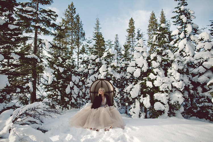 bridal inspiration - photo by Lilly Red Creative http://ruffledblog.com/lake-tahoe-beach-wedding-inspiration