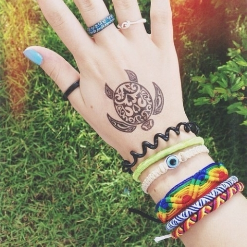 Small tattoo on the hand