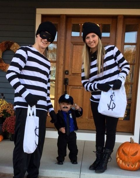 Policeman and robbers costumes
