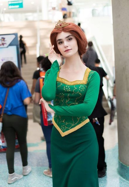 Gorgeous Fiona costume
