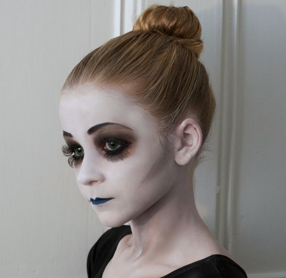 dead ballerina makeup for girls who aren't afraid to look scary