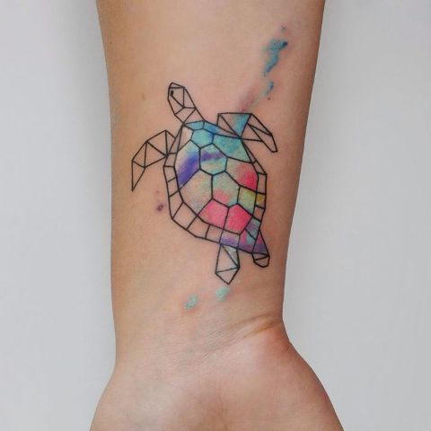Geometric tattoo with splashes