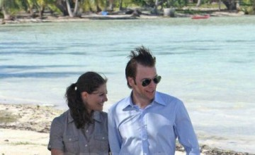 955cd  Celebrity Honeymoon Destinations 476x1024.jpg