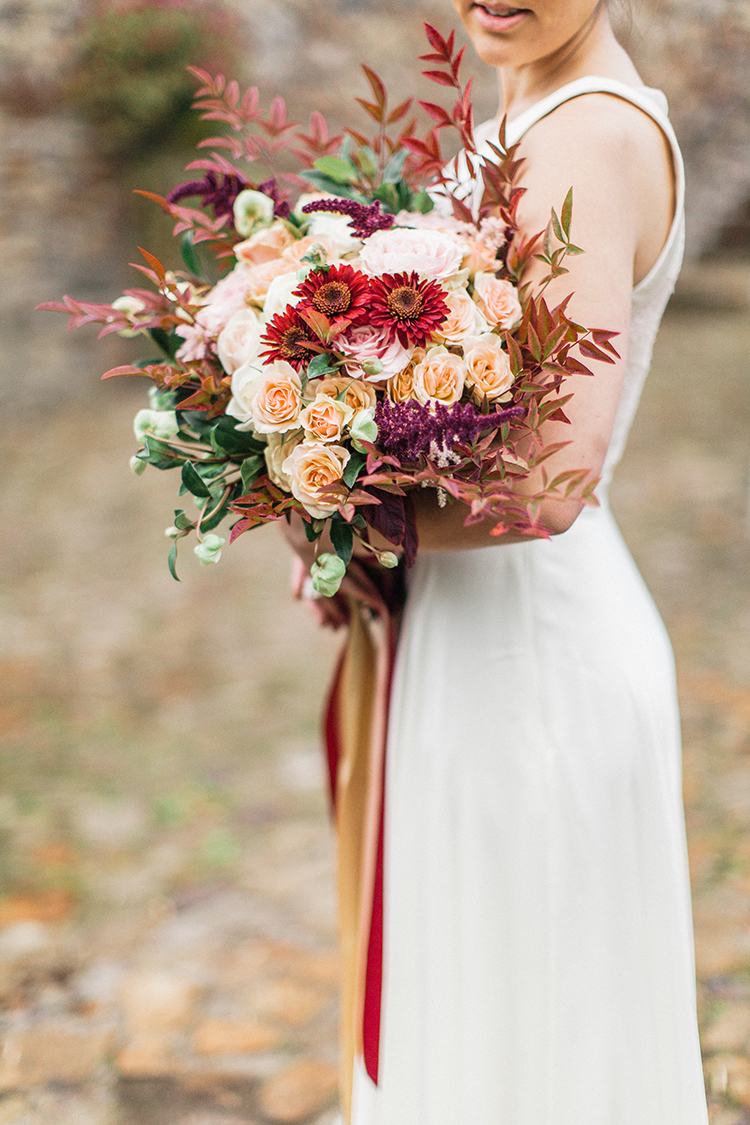 beautiful fall wedding bouquets - http://ruffledblog.com/winery-vow-renewal-inspiration-with-autumn-leaves