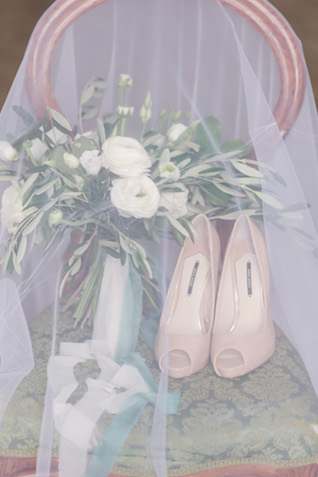 Olive branch bouquet and shoes