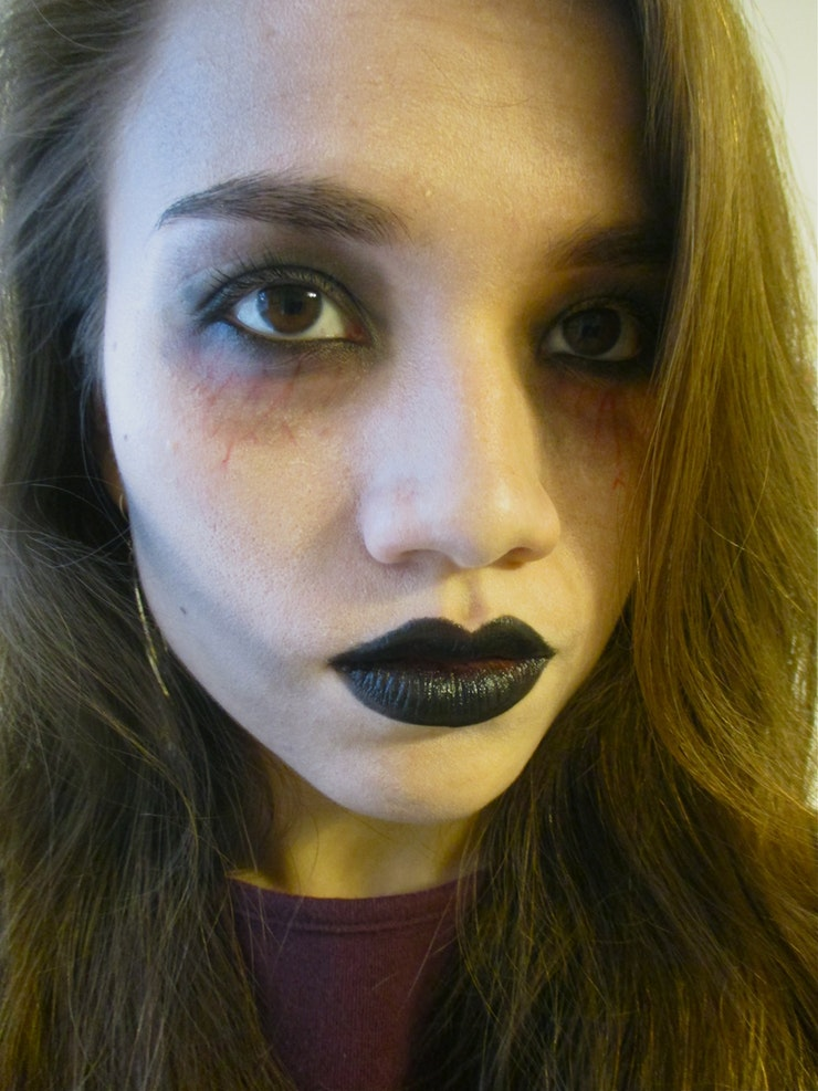 DIY last minute zombie makeup (via https:)
