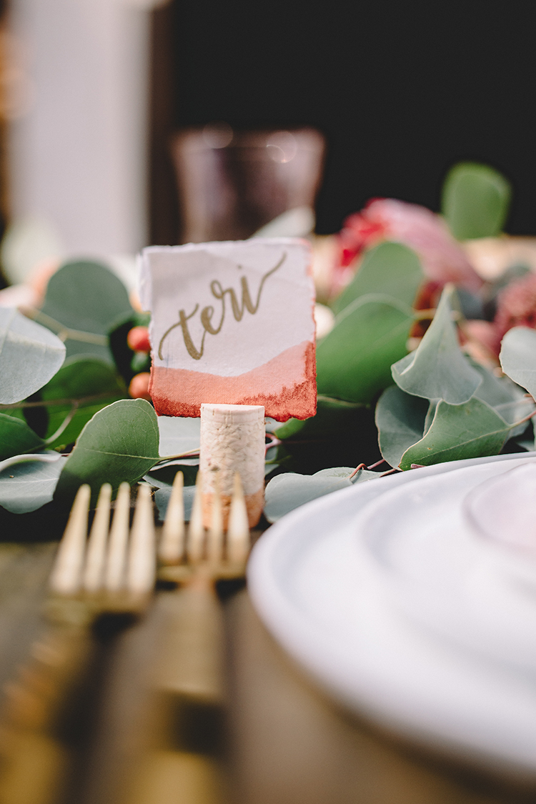 DIY dip dyed cork garland and place card holders