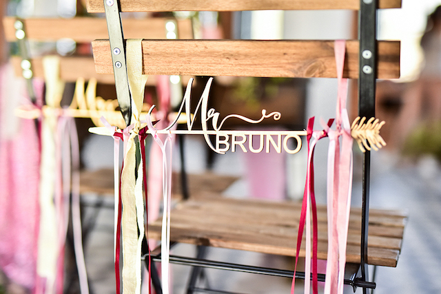 Arrows and ribbons chair decor